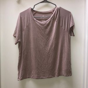 Soft and sexy American eagle tee